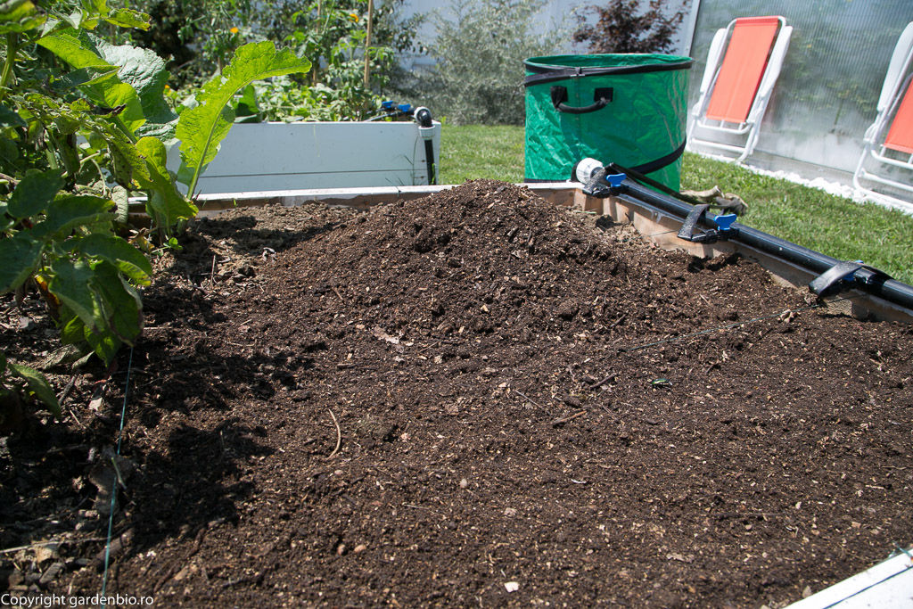 Compostul (cheia succesului) obtinut in lazile de compost